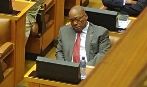 The only thing falling faster than the Rand is the Presidents eyelids: Zuma caught napping during Gigaba's mini budget speech