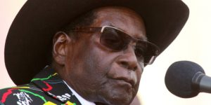 Robert Mugabe Asks ANC Why White People in South Africa Hold So Much Power