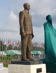 am leaving Nigeria as a hero' says Zuma after massive statue of him unveiled - You got to be joking!