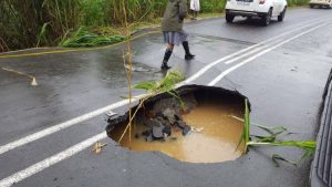 Sinkhole closes road in KwaZulu-Natal north coast as heavy rains hit