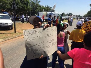 Clashes break out at Hoërskool Overvaal