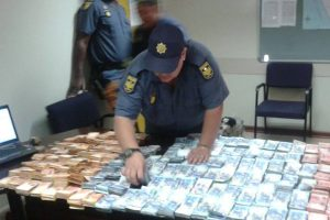 Two suspects busted for R2,5m money laundering scheme at border post