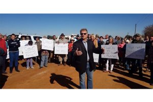 Illegal housing development, Tarlton land owners take a stand