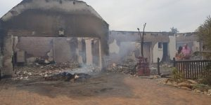 "St Francis Bay fire: Mayor blames ""informal settlers"" for causing the blaze"