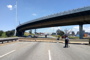 Major traffic warning – Johannesburg is closing down the M2 highway for repairs – SA roads and bridges are facing a crises due to lack of poor maintenance
