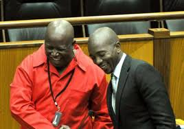 DA in bed with EFF – rumours are going around that the parties are in negotiations about installing a red beret as mayor in Tshwane