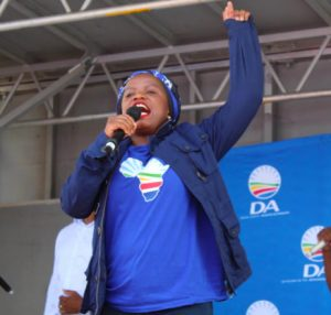 Phumzile van Damme, DA member of parliament connected in a racist alteration at Cape Town's V&A Waterfront , but she is now laying criminal charges against Steve Hofmeyr because he said if they come for our lives and land, he will resist them