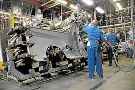 Motor industry may be crippled by imminent strikes - unreasonable demands from unions could lead to withdrawal of manufacturers from SA and job losses