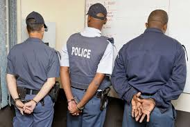More than 4,100 SAPS officers have criminal records - In new SA run by ANC, villains now become police officers
