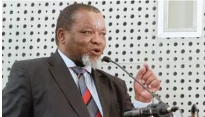 Sex scandal rattles ANC - Gwede Mantashe allegedly pays R70 000 to hide his sex escapades